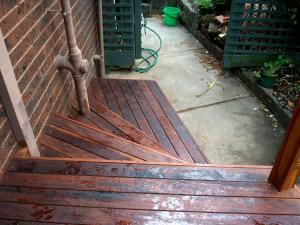 Fanned merbau steps on verandah